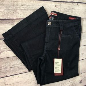 (NWT) MAKERS High Rise Wide Leg Trouser Jeans
